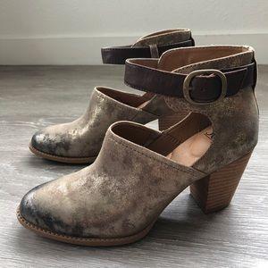 New! Sofft Wendie Boho Ankle Booties